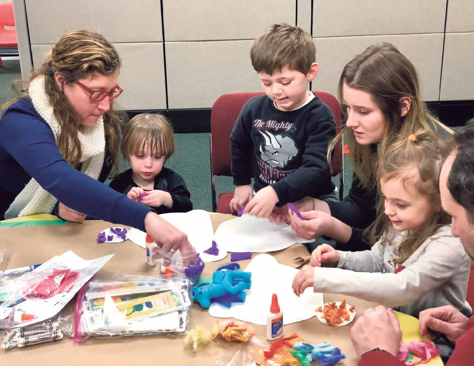 Integrated Play Groups Help Children >> Child Program Joins Medical Center Plainview Old Bethpage Herald